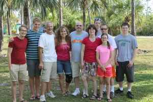 On Monday morning, friends from Wisconsin, Dave and Melissa Mischel and their family, came to Nassau for half a day while on a cruise.   They took a taxi from the port to the camp to see us and the ALC ministry.