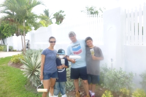 On Thursday, we picked Curtis and Rachel Niemeyer up at the Colonial Hilton in downtown Nassau.  They arrived to the island a week ahead of the rest of their team (the rest arrived on Saturday).  Curtis and  Rachel and the two boys helped Tom paint the front fence at the Centre on Friday.