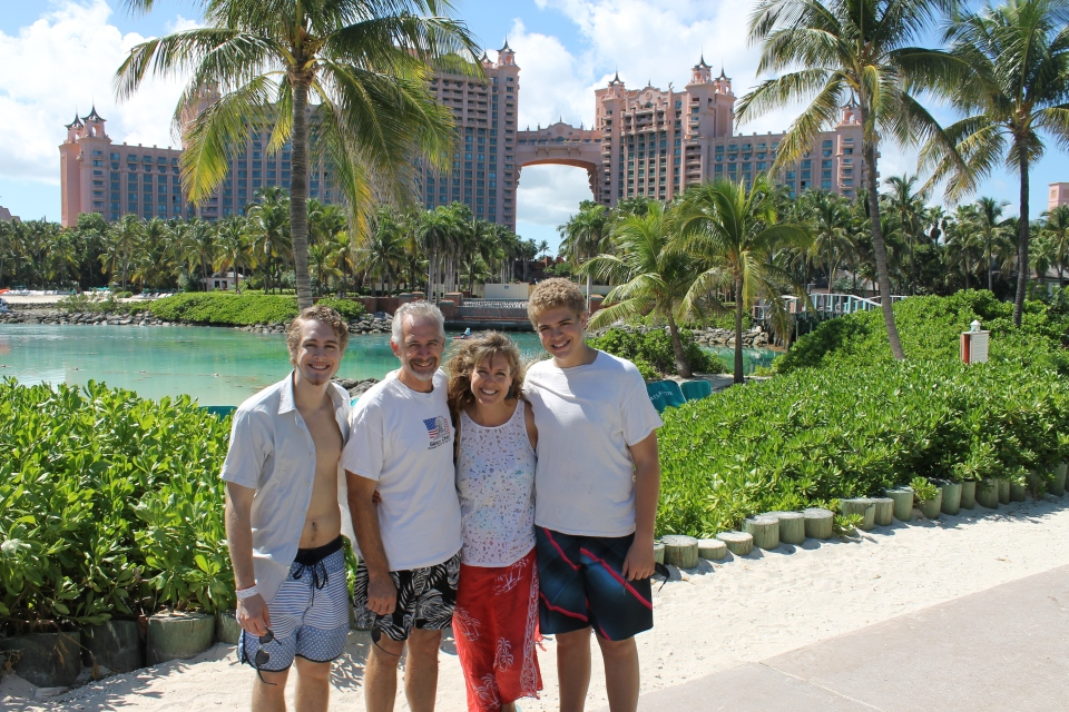 Our weekend getaway in paradise...Paradise Island that is.  Someone graciously blessed us with the means to stay at the Comfort Suites on PI.  One of the perks of the hotel is full use of the Atlantis water park and pools.