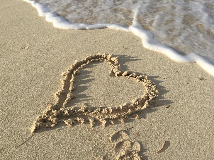 1 Heart in sand