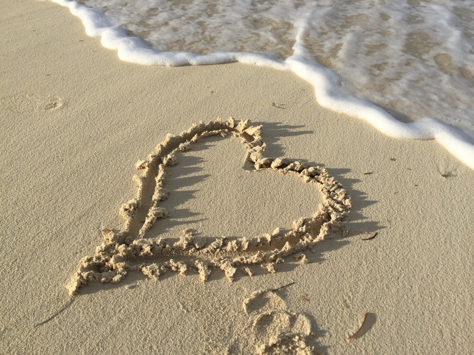 1 Heart in sand